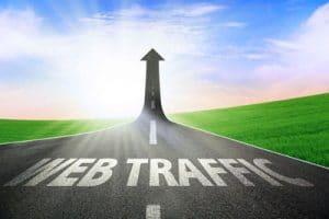 trafico web gratuito o pagado
